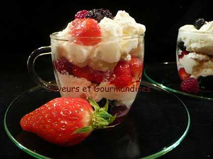 Mousse de mascarpone aux fruits rouges facile