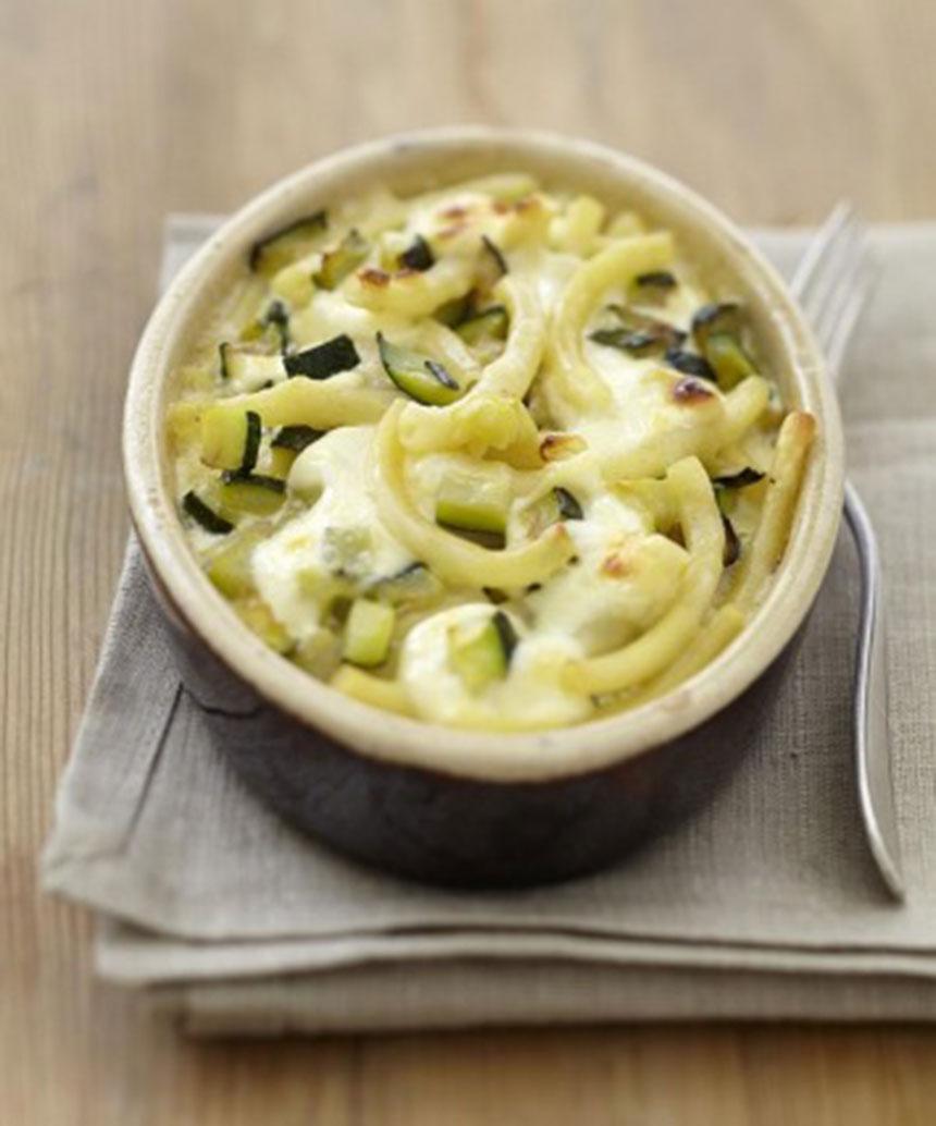 recette gratin de macaroni et courgettes au fromage carr frais. Black Bedroom Furniture Sets. Home Design Ideas