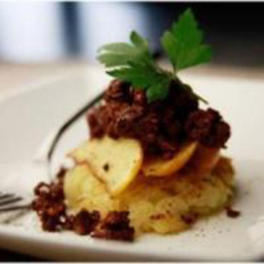 recette lit de pommes de terre poires confites et confit de canard. Black Bedroom Furniture Sets. Home Design Ideas