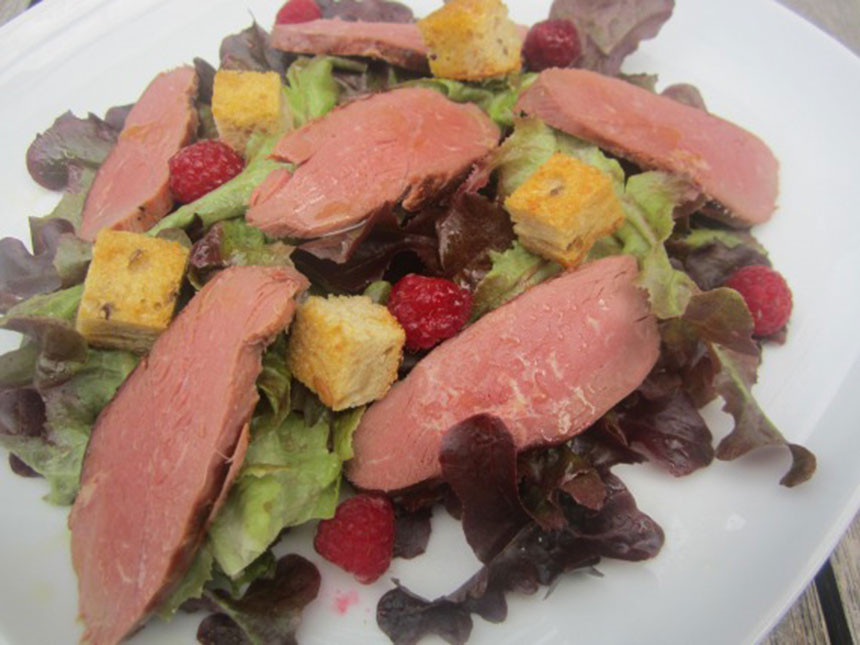 Recette salade d 39 t au magret et aux framboises for Entree froide ete